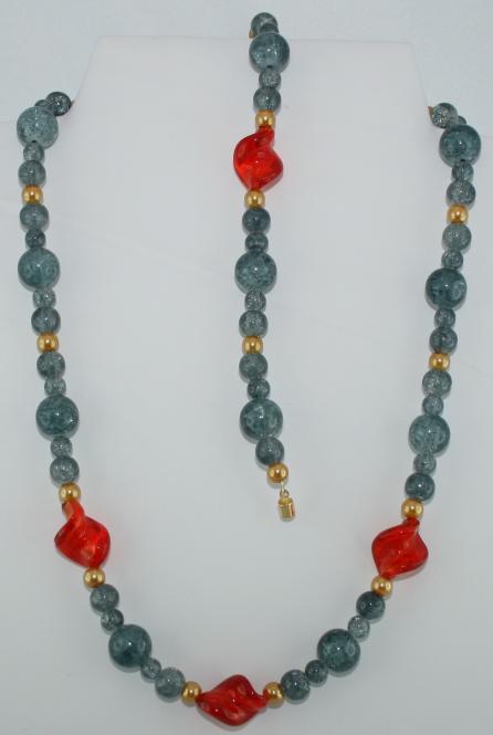 Set aus Halskette und Armband in Graublau-Rot-Gold